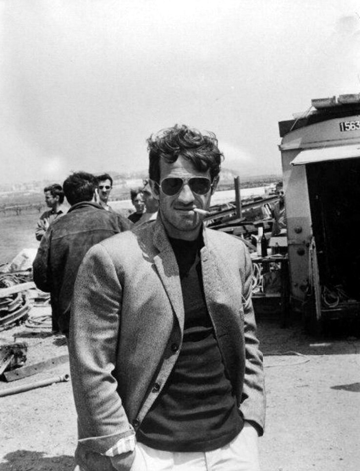 1965. Жан-Поль Бельмондо на съемках «Безумный Пьеро»