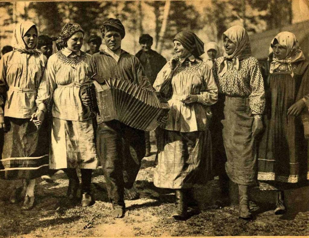 From the Soviet Photo magazine, 1929.jpg