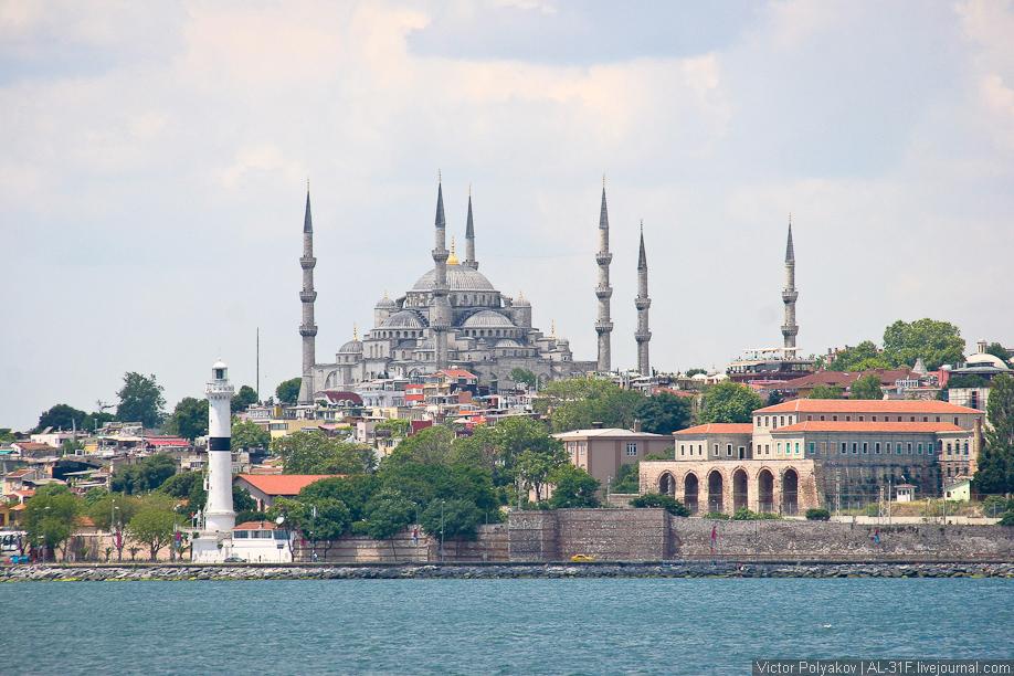 Стамбул. Голубая мечеть с моря