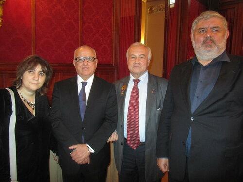 Метрополь 52 года Алжирской революции я Саид и посол Алжира Смаил Шерги.jpg