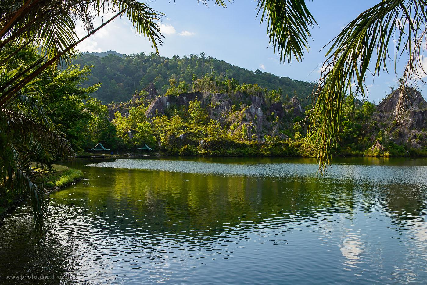 Фотография 12. Каньон Ранонг в Таиланде - бывший рудник по добыче олова. Озеро похоже на Тальков камень в Екатеринбурге (400, 32, 10.0, 1/160)