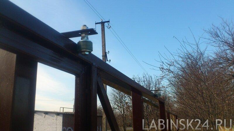 Ролики верхней опоры для откатных ворот