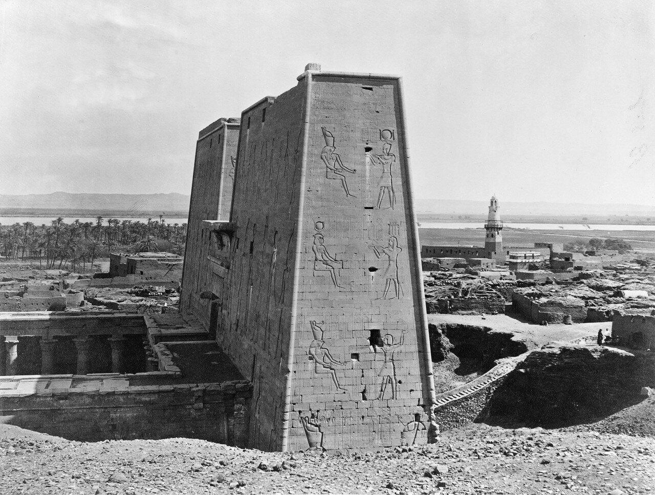 Филе. Пилон храма Исиды