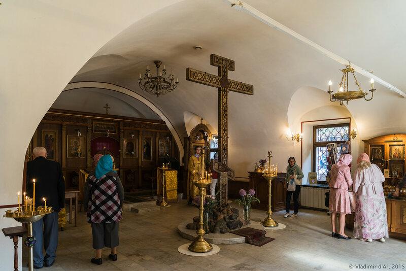 Храм преподобного Сергия в Крапивниках. Кийский крест.