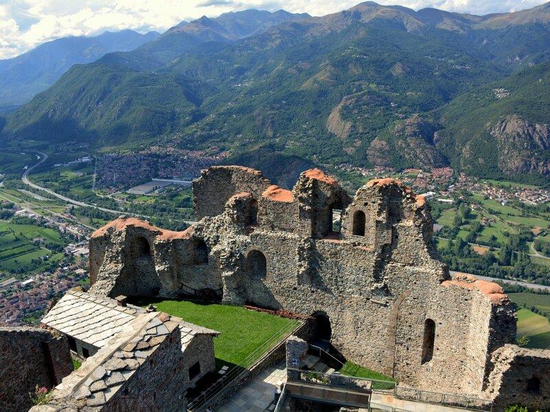 Руины старого монастыря