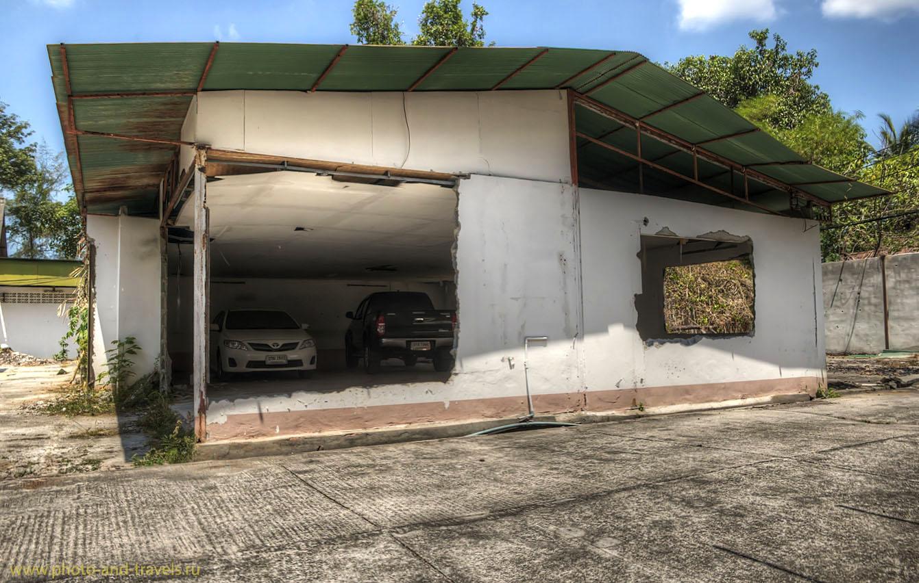 Фото 5. Путешествие по Таиланду за рулем. Правильный гараж в провинции Краби. (HDRиз 3-х кадров:EV0, +1, +2)