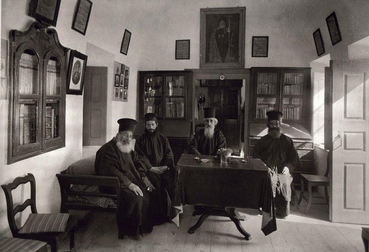 1911. Санторини