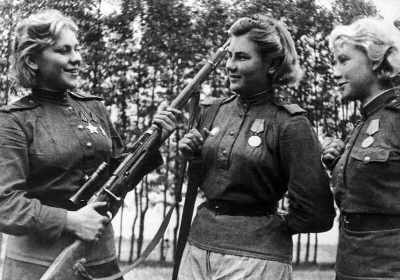 Снайперы Роза Шанина, Александра Екимова, Лидия Вдовина, советские снайперы, советская женщина снайпер