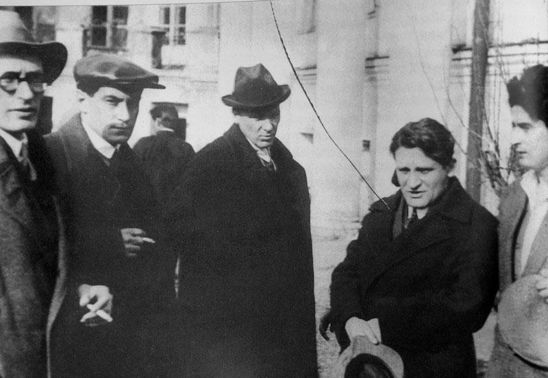 At Vladimir Mayakovsky's funeral.M.Faizinberg, V.Kataev, M.Bulgakov, Y.Olesha, J.Utkin.jpg