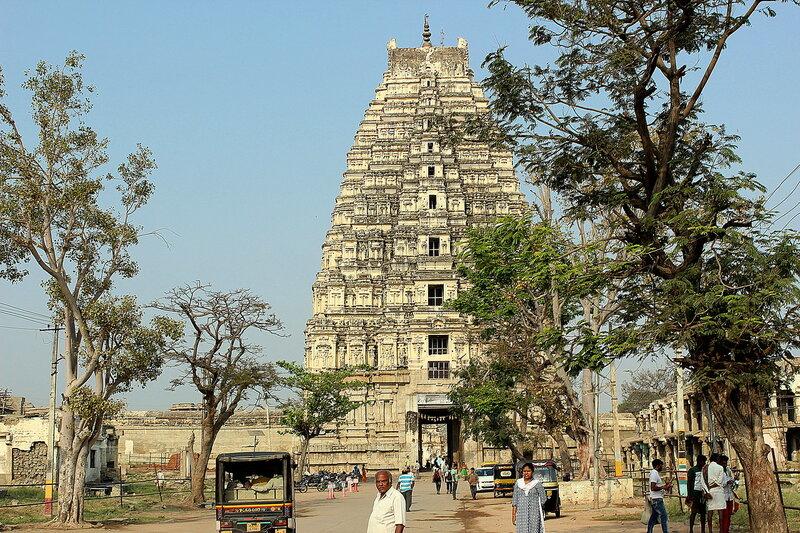 Храм Шивы-Вирупакши