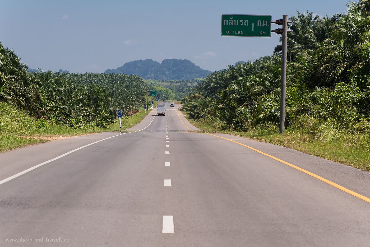 Фотография 26. В основном, по дорогам такого качества пролегал маршрут нашего самостоятельного путешествия по Таиланду. Односторонка. По пути из Краби в Ранонг