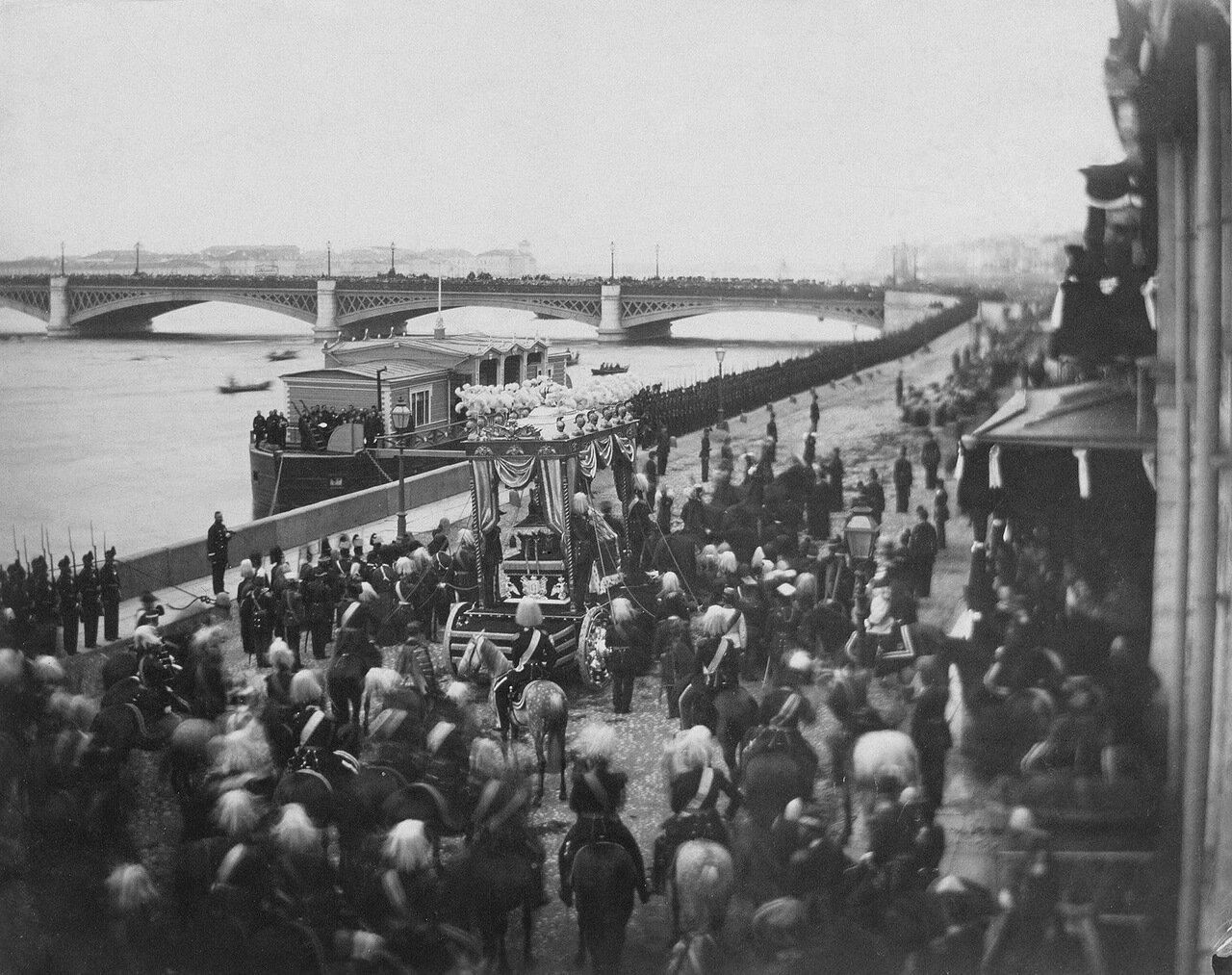 Английская набережная во время перевоза тела цесаревича великого князя Николая Александровича. 1865
