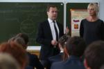 Медведев и бюджетники.png