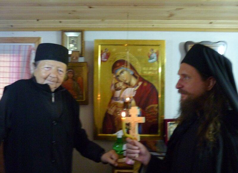 Старец Рафаил (Берестов) и монах Салафиил (Филипьев).
