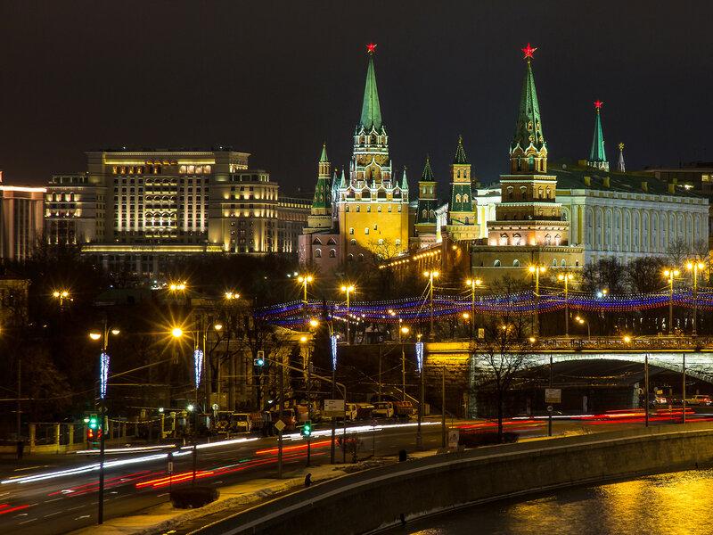 Ночь, Москва-19