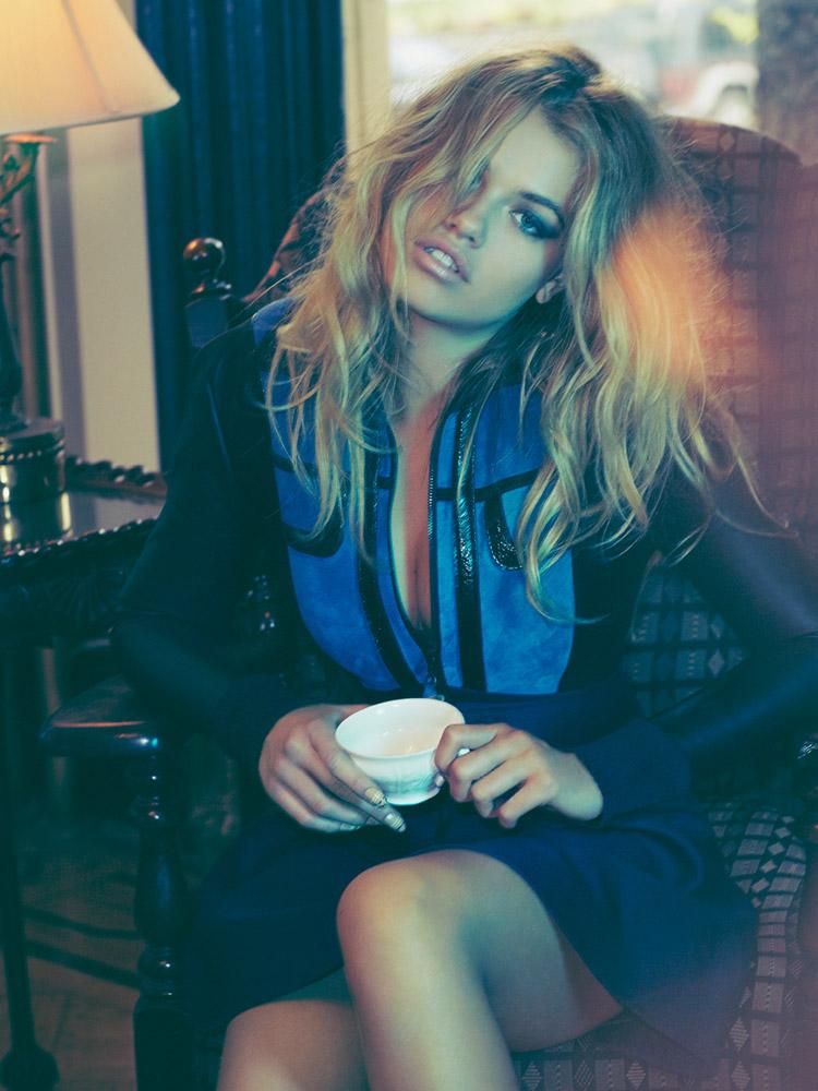 Хейли Клаусон в сентябрьском номере журнала Nylon