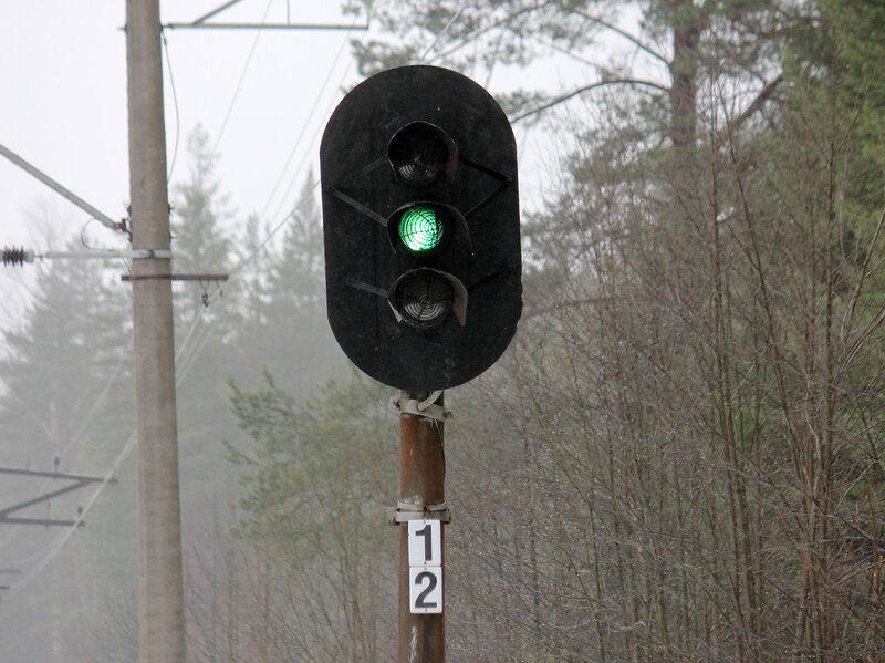 Сетчатый светофор 12 на перегоне Васкелово - Орехово