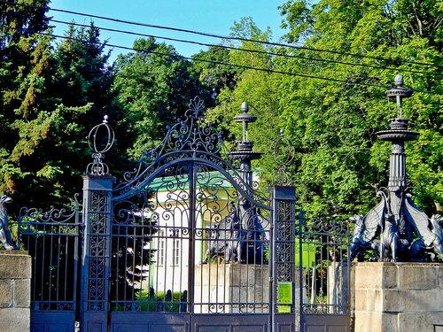 Ворота в прошлые века