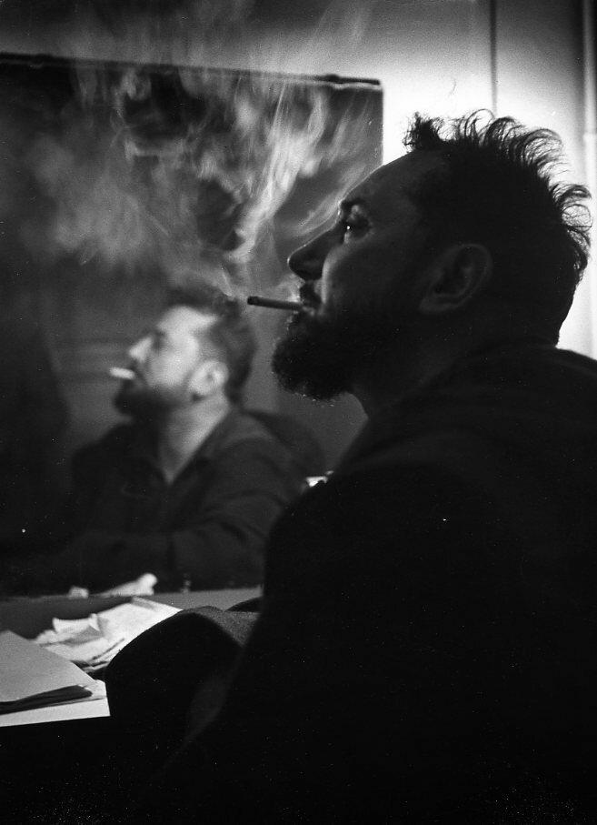 1951. Пьер Брассер играет «Дьявол и Господь благой» Жан-Поль Сартра в театре
