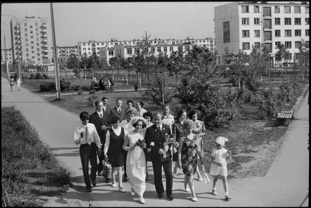 1972.  Набережные Челны.  Свадьба офицера