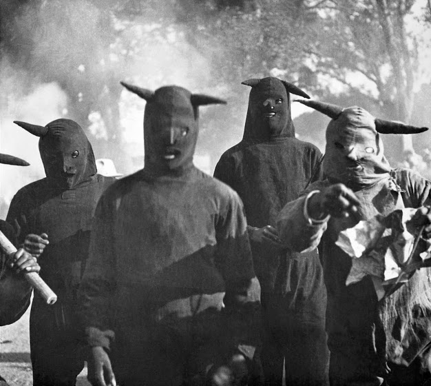 Carnaval de Huejotzingo, Puebla. 1941 - The Mexican carnaval which takes place in the Huejotzingo municipality in the state of Puebla. Photographer Kati Horna.jpg