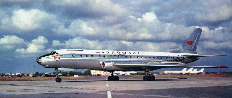 Первый полёт Ту-104 совершил 17 июня 1955 года.jpg