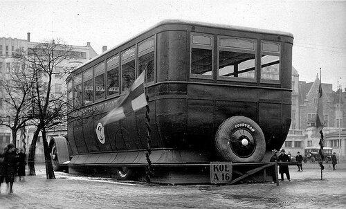 4 Автомагазин.  Хельсинки  , 1927 год..jpg