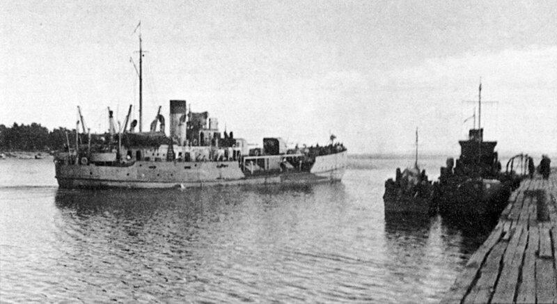 Советская канонерская лодка «Зея» выходит в боевой поход на Ладожском озере