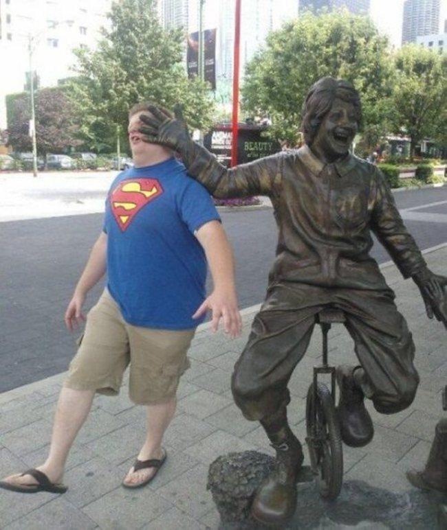 фото со статуями