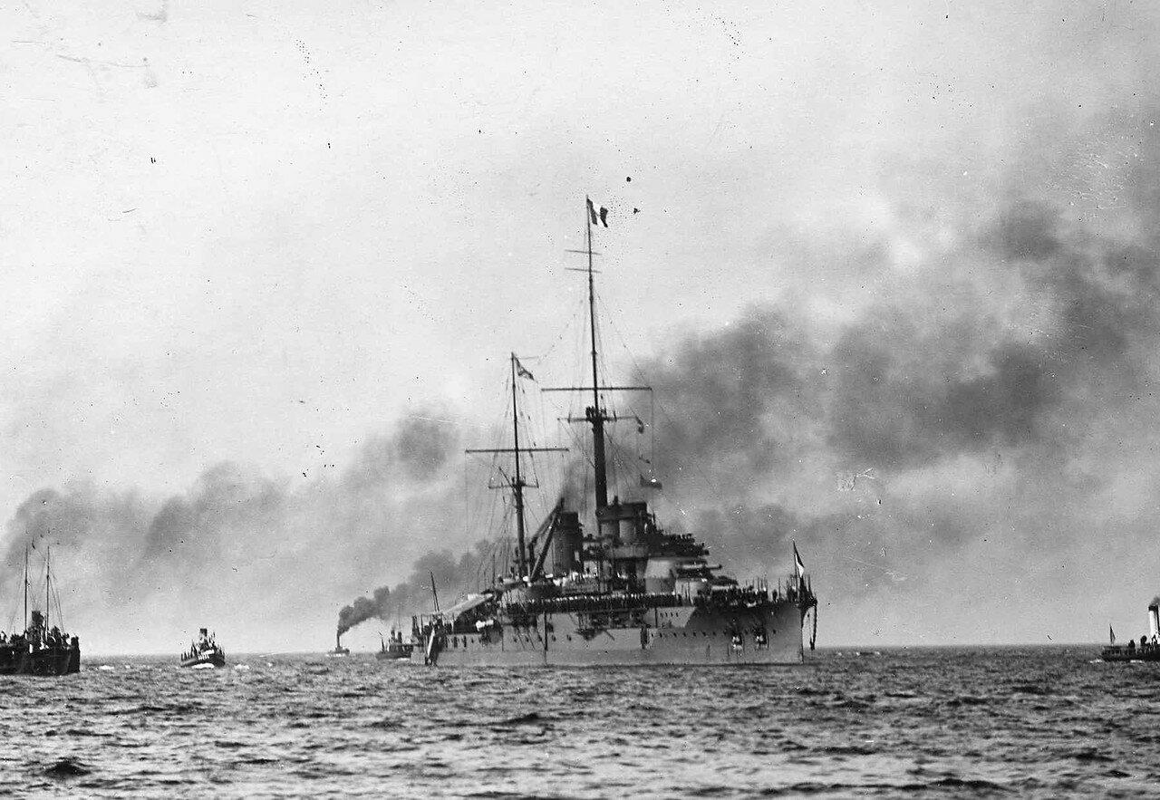 01. Французская эскадра на пути в Кронштадт. 7 июля 1914