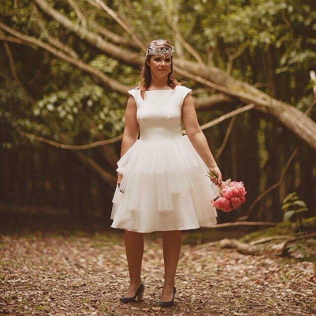 короткое-свадебное-платье-фото3.jpg