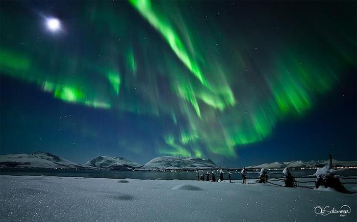 Красивые фотографии полярного сияния 0 10d648 512c8dc5 orig