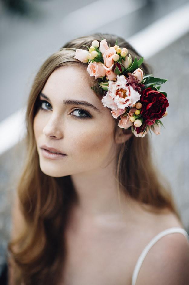 венки-из-цветов-фото-свадьба4.jpg
