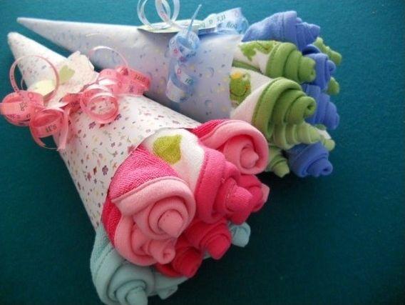 Как упаковать подарки для новорожденного 375