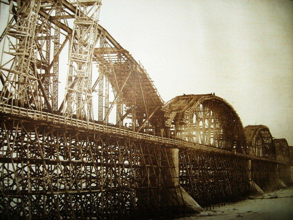 42. Виды постройки моста через Зею