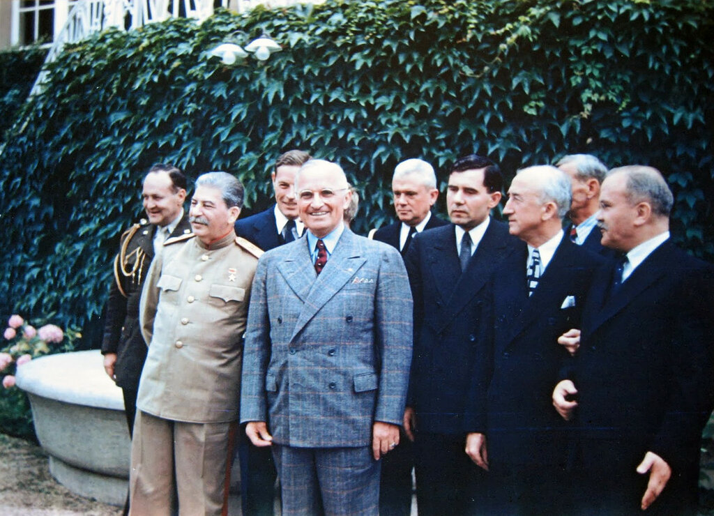 U.S. President Harry Truman and Soviet Premier Joseph Stalin alongside their advisors at the Potsdam Conference, July 18, 1945a.jpg