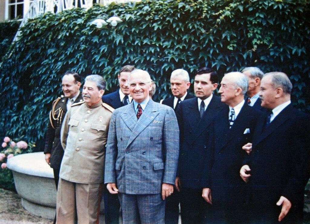 U.S. President Harry Truman and Soviet Premier Joseph Stalin alongside their advisors at the Potsdam Conference, July 18, 1945a.jpg