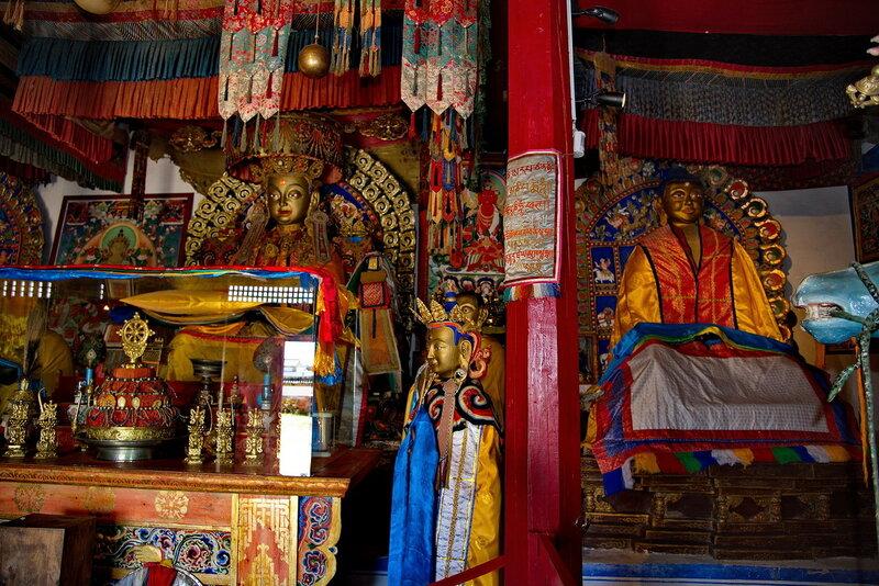 Буддийский монастырь.