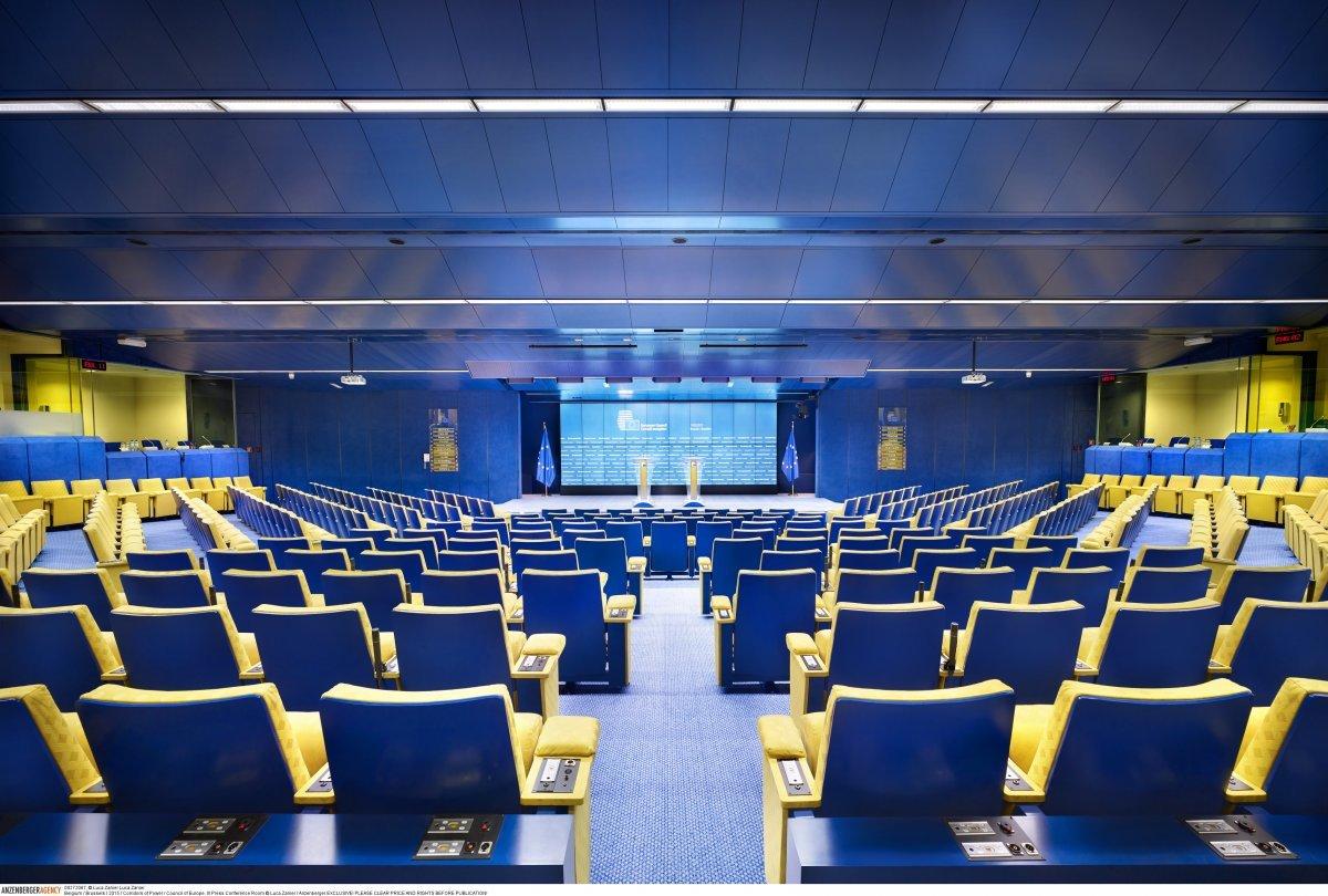 Зал, где проходят пресс-конференции Совета Европейского союза в Брюсселе (Бельгия).