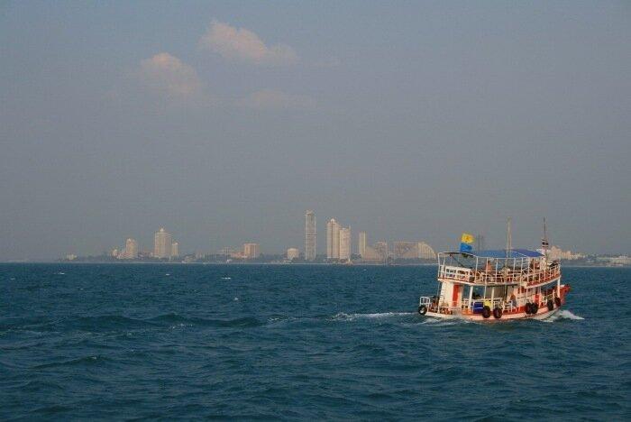 Паром до острова Ко Лан