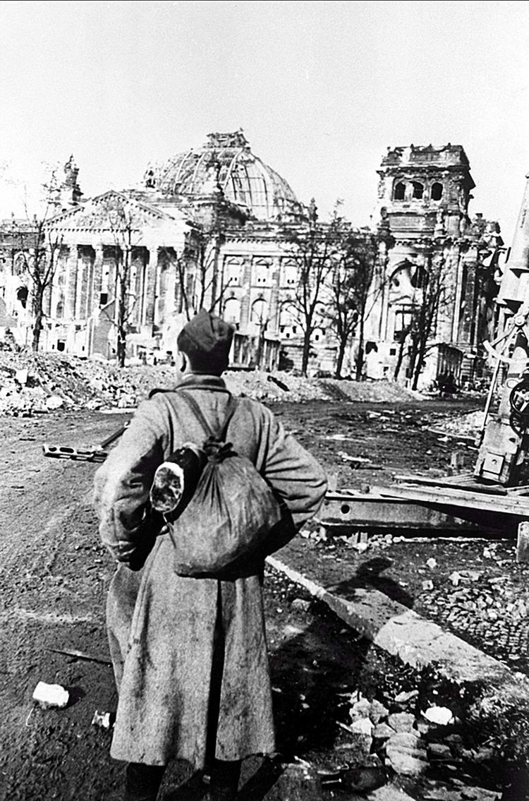 Падение Берлина на фотографиях весны 1945 года (7)