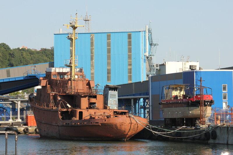 Мини-корабль