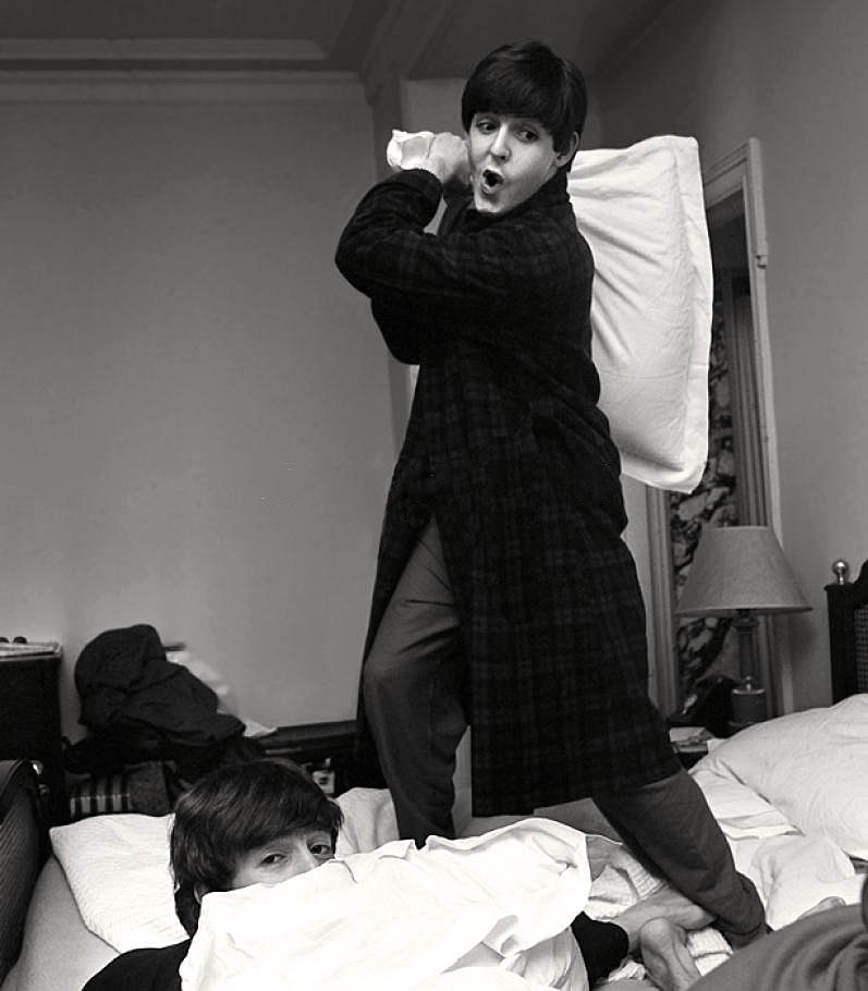 Beatles Pillow Fight, George V hotel, Paris, 16 January, 1964(3)