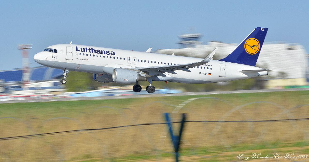 Airbus A320-214 Lufthansa D-AIZX.JPG