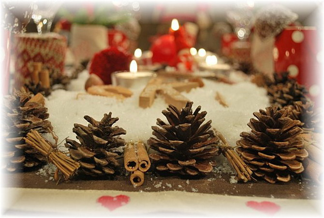 christmas-in-chalet-table-setting19.jpg