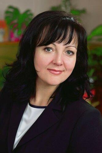 Алена Меринова