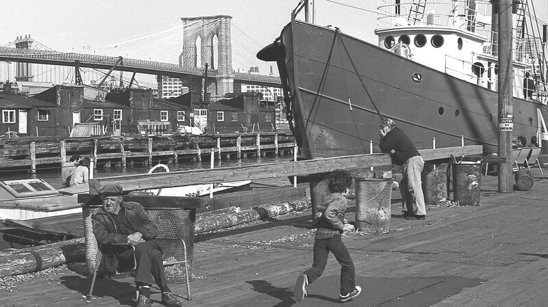 seaport1977-X2.jpg