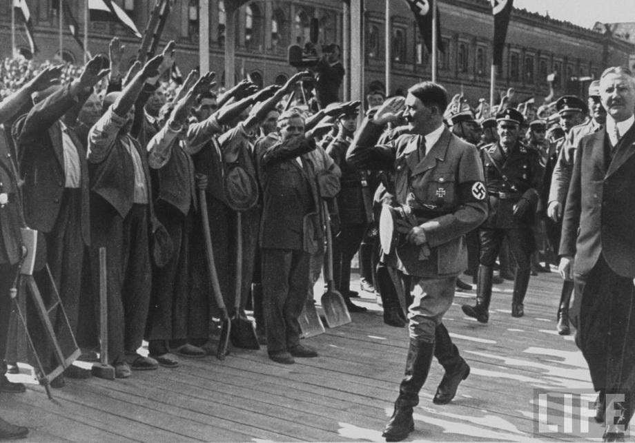 На заложении нового корпуса Reichsbank, май 1932 года.