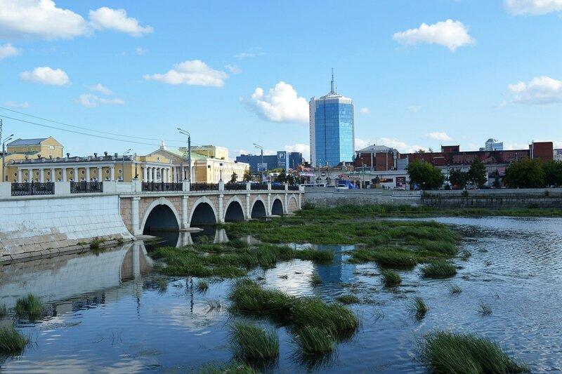 Челябинск - город на реке Миасс