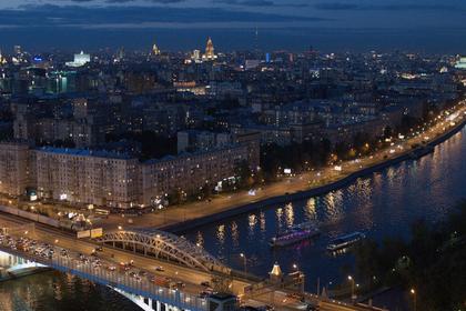 На Москве-реке установлена вертолетная площадка